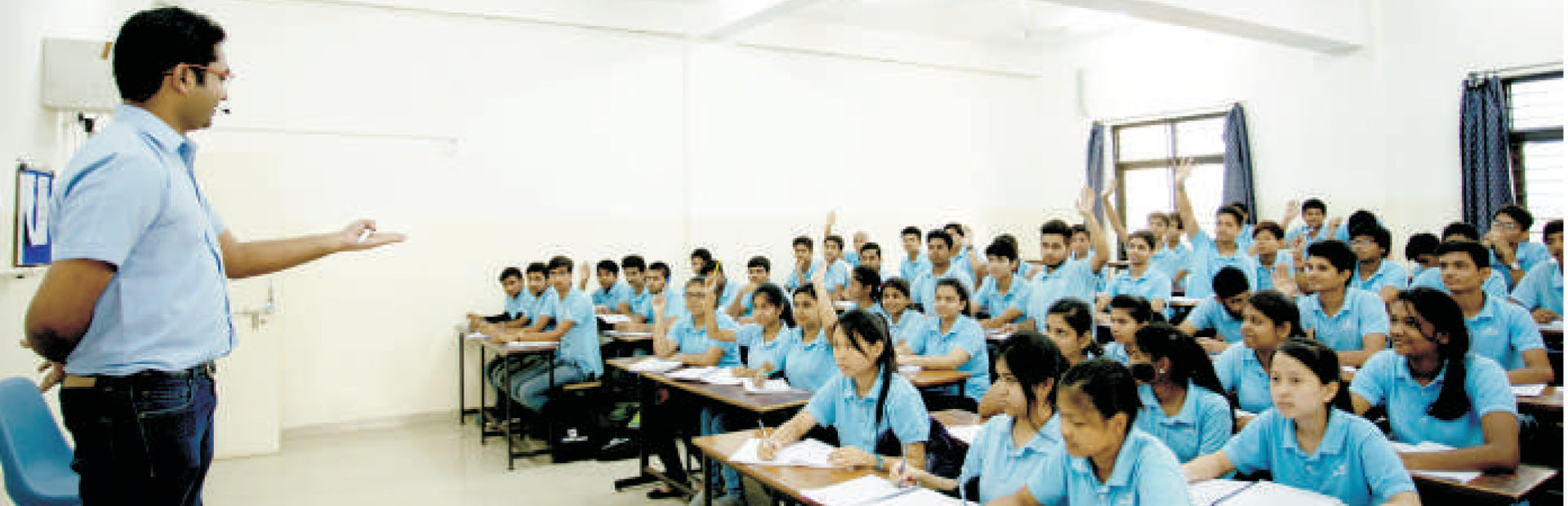 Regular Coaching at CP Study Centres. Fee   Scholarship for XII Pass   Target Course for NEET